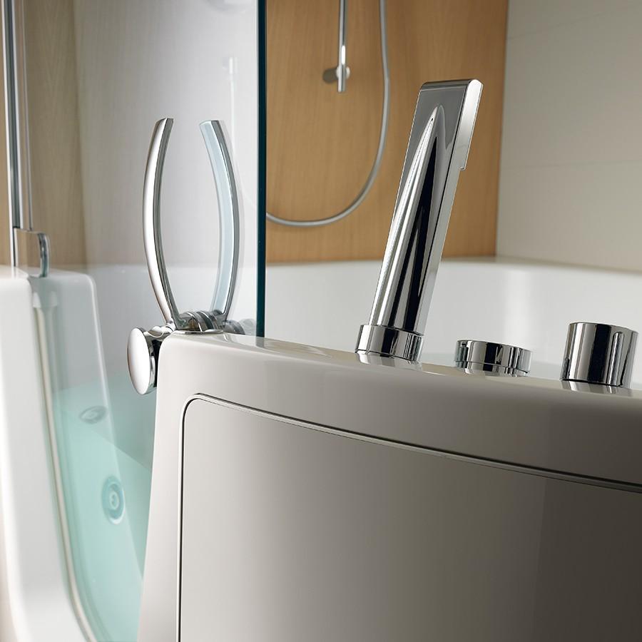 Badkar 383 för hörna med dörr och avskärmning för dusch Made in Italy
