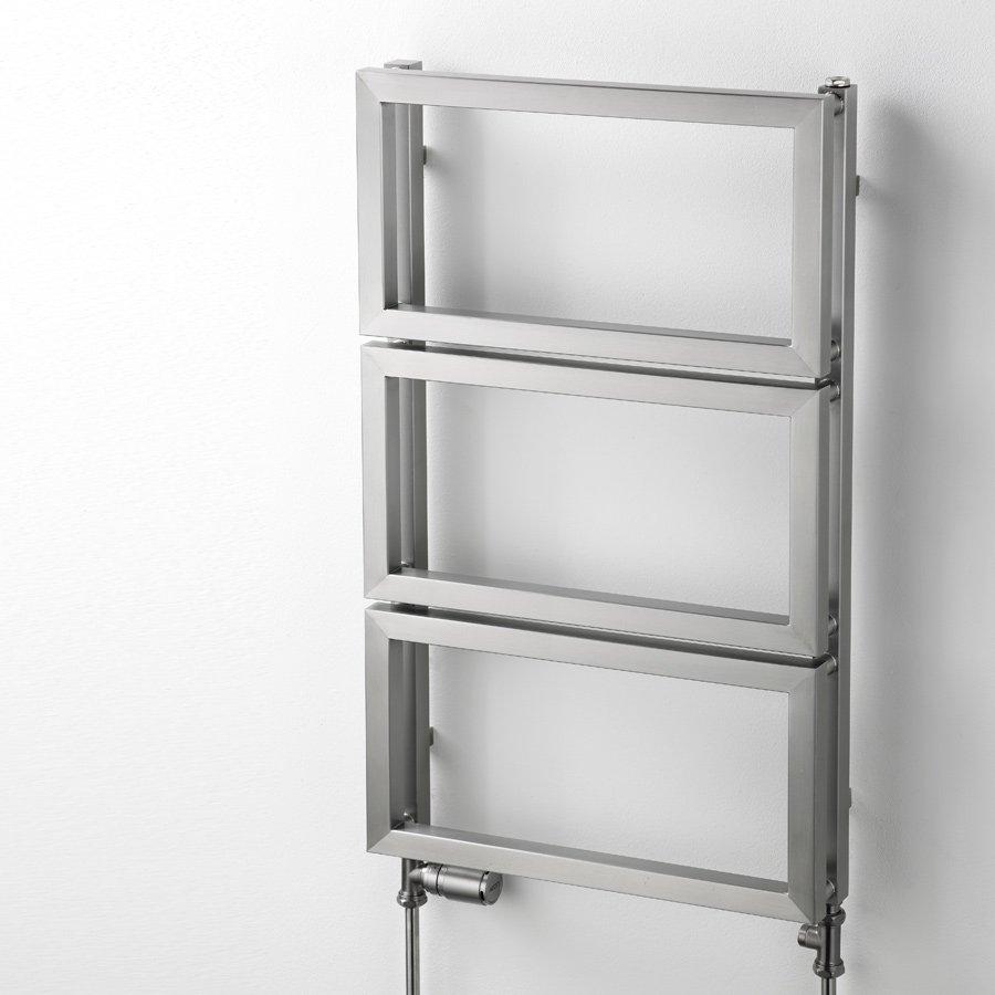Inredning handukstork : Handdukstork Frames I i borstat rostfritt stål