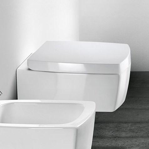 Berömda Svart toalettsits till Square toalett. LL-16
